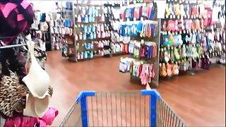 Naughty Woman Peeing In Wallmart Pubes Culos - hotpeegirls.com