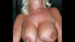 I fuck my friend's milf mother