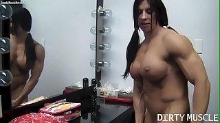 Naked Dame Bodybuilder Angela Salvagno Rides A Huge Faux-cock