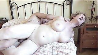 A very hot assets mature fuck a youthful boy very firm .filmepremium.com
